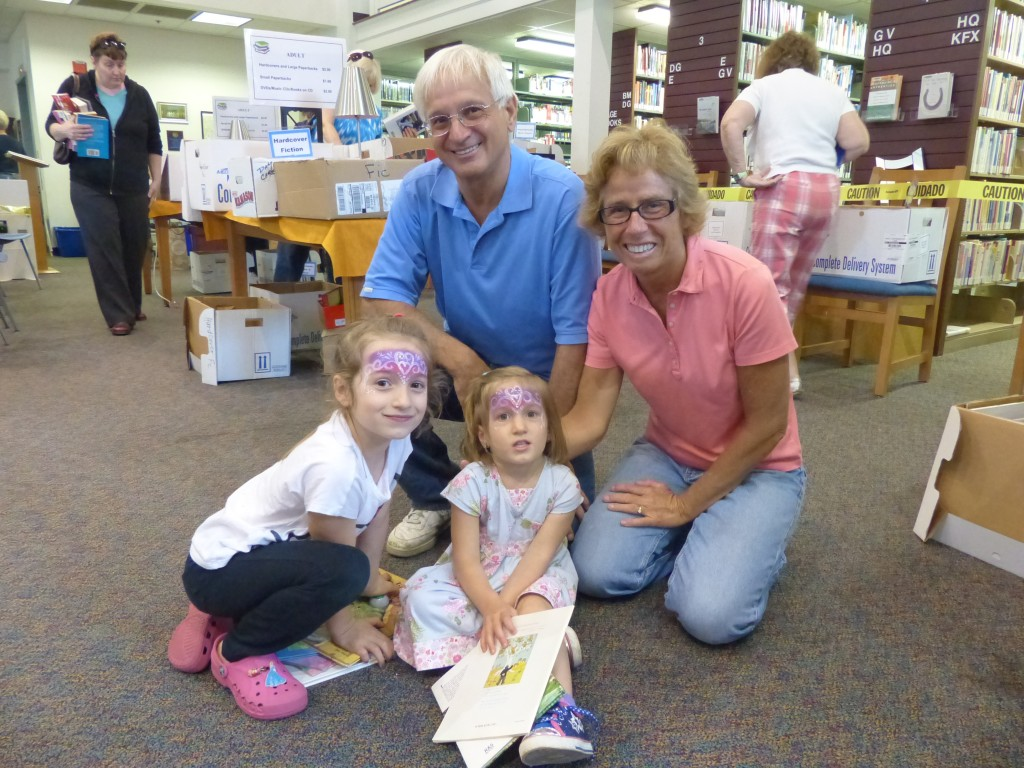 Oliva and Hailey Warren with their Grandparents